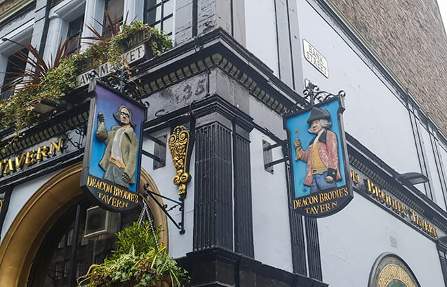 Deacon Brodies Tavern in Edinburgh - The Scary Double Life