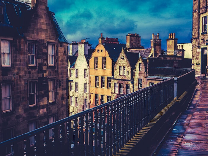 Victoria Street, Edinburgh - Wizard of West Bow's Apartments
