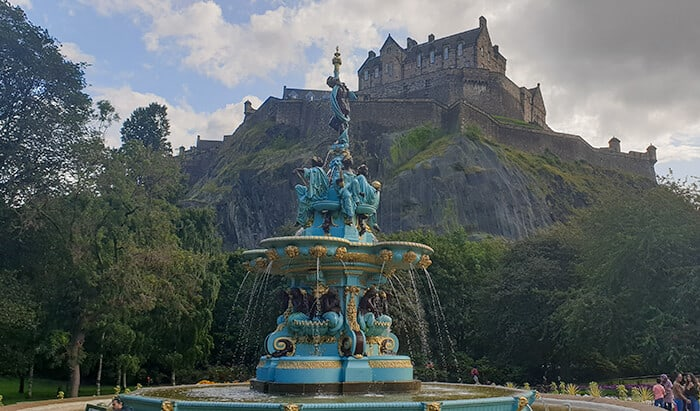 Ross Fountain - cast iron fountain with the view of Edinburgh Castle in the background