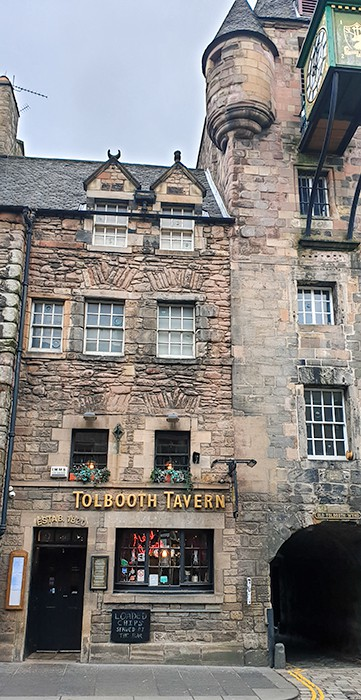 Front Entrance of the Tolbooth Tavern